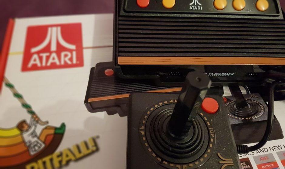 TEST Atari Flashback 8 - L'Atari 2600 sent-elle toujours le sapin ?